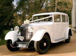 White vintage Rolls Royce wedding car in Salisbury